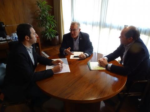 reunión na Fegamp co presidente de SOGAMA